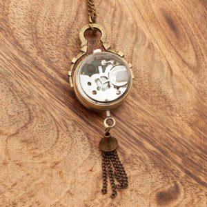 Starinska ura z vidnim mehanizmom