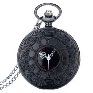 črna ura z rimsko številčnico