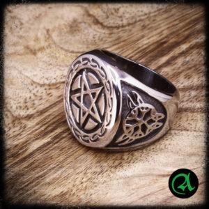 prstan pentagram nerjaveče jeklo
