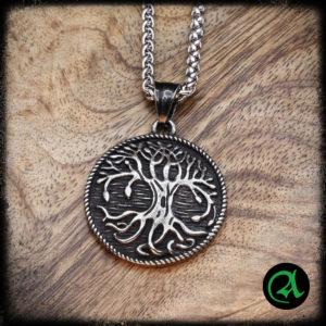 Drevo obesek Yggdrasil