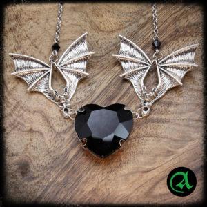 vampirsko srce gotska ogrlica netopir