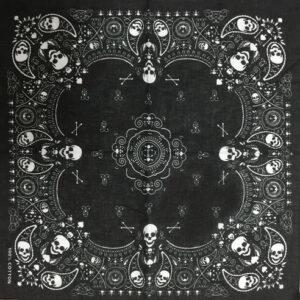 črna bandana lobanja ruta
